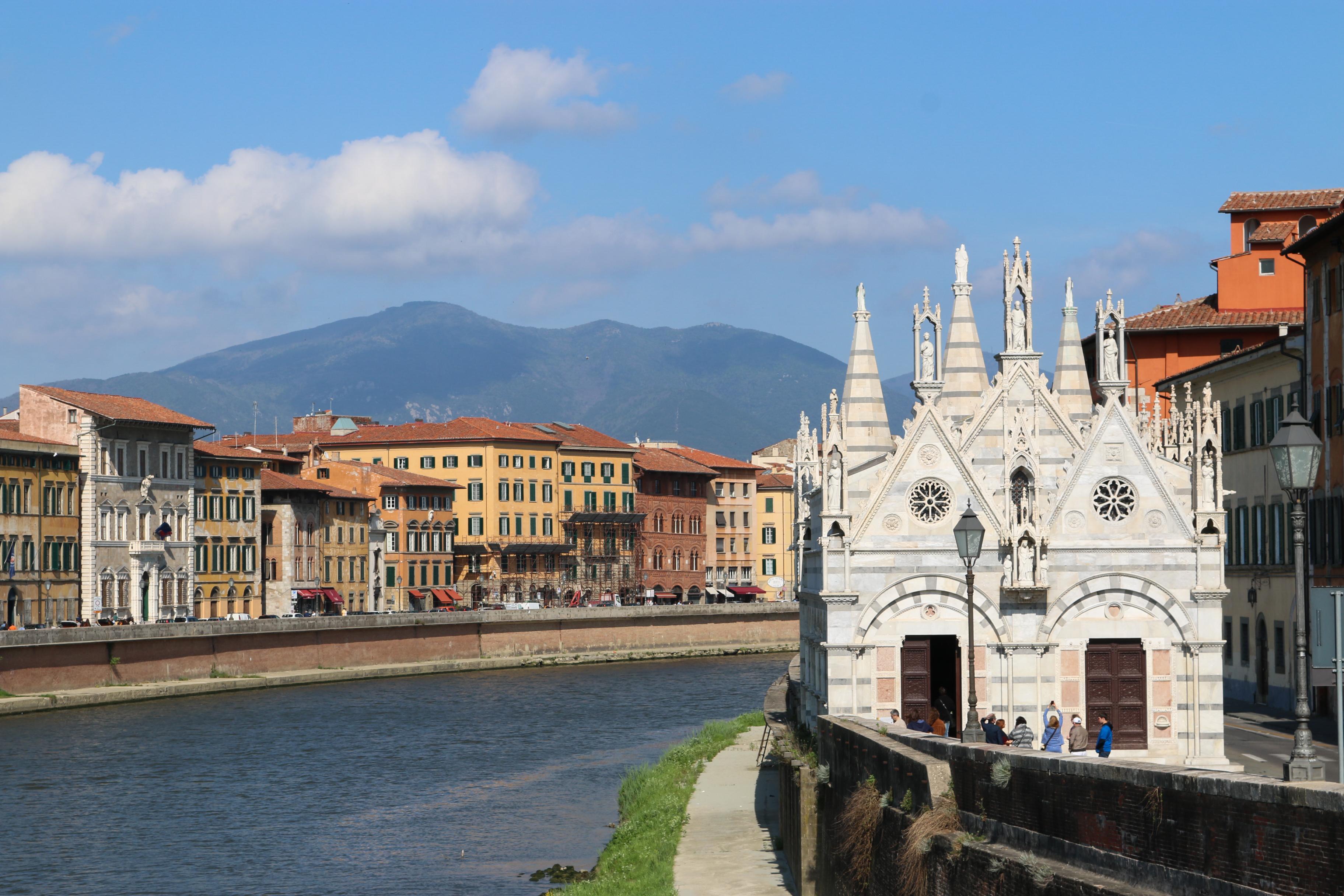 Autour de Florence : Pise ( Toscane)