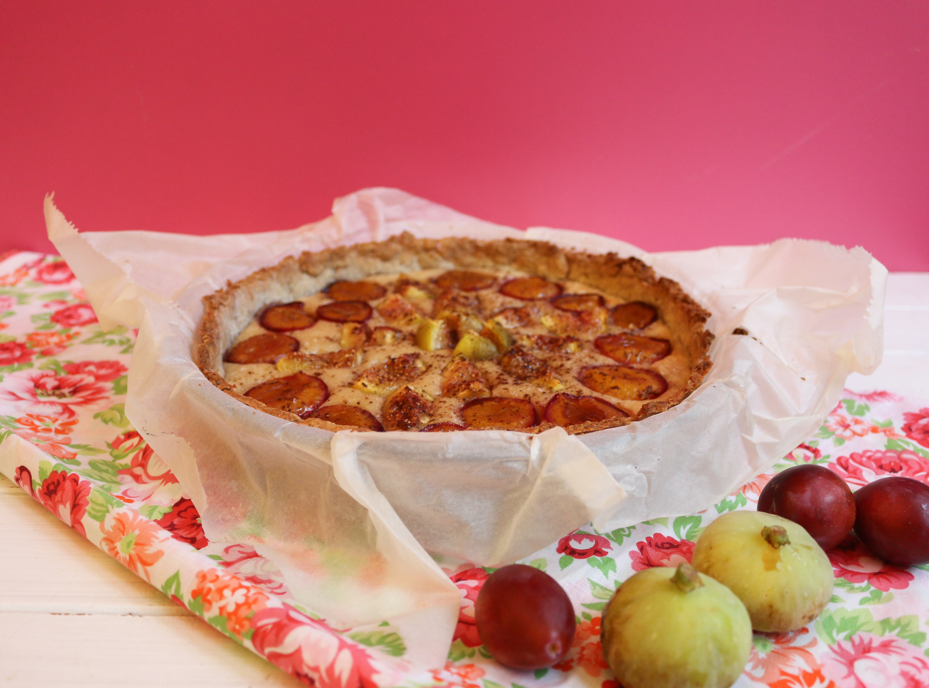 recette tarte aux figues et aux prunes façon clafoutis, vegan