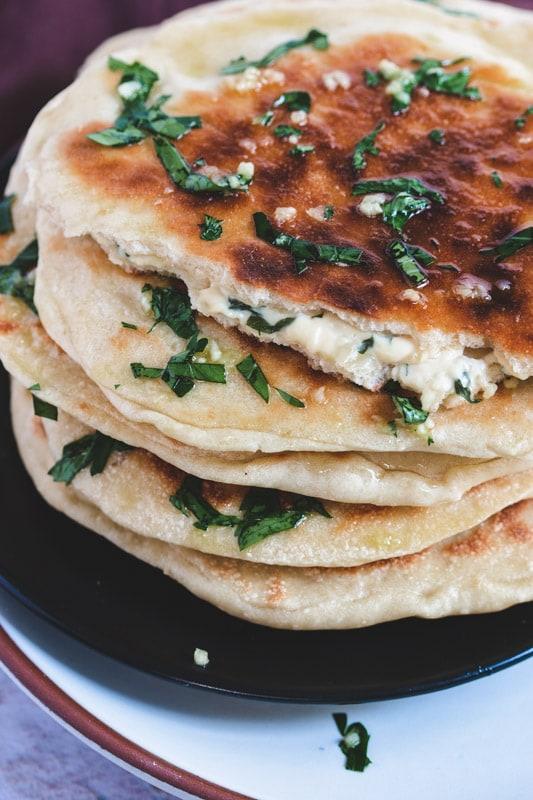 recette de naans au fromage vegan