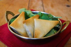Samossas aux légumes à l'indienne { vegan }